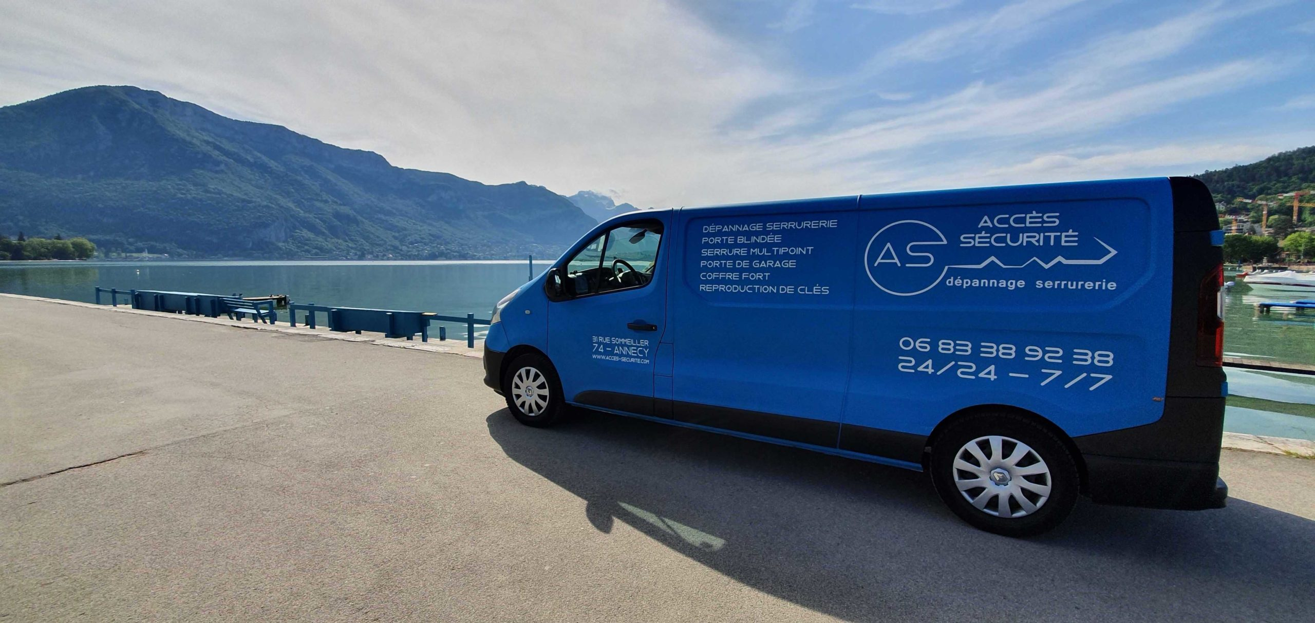 Notre camion de dépannage en intervention autour du Lac d'Annecy