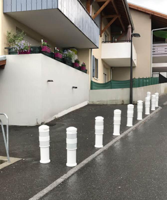 Poteau de signalisation - équipement parking